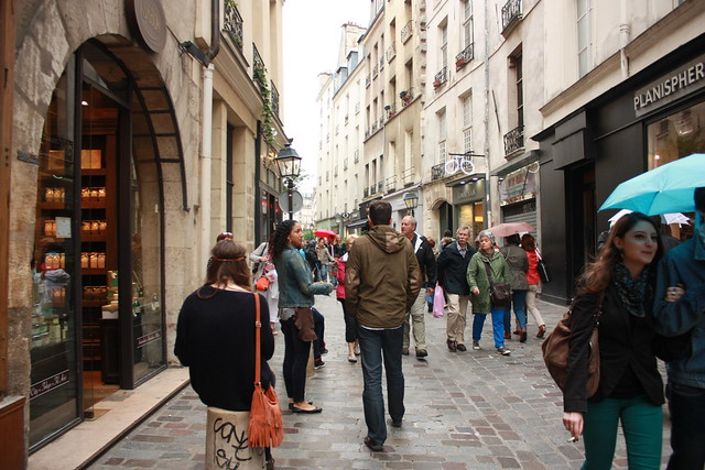 What to do In Paris on a Sunday – The Everywhereist