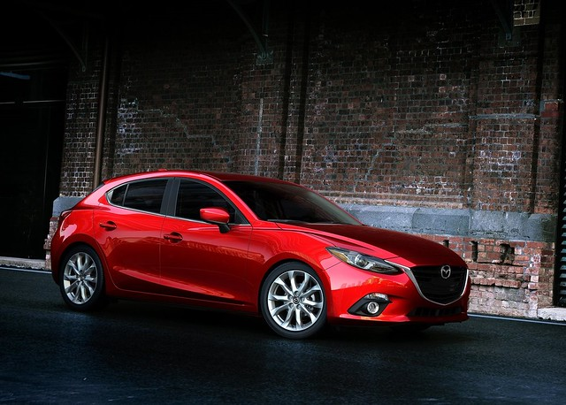 Mazda3_Hatchback_2013