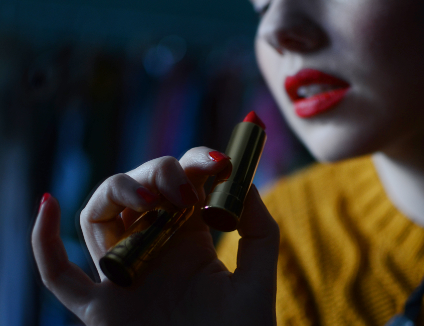 red-nails-red-lips b