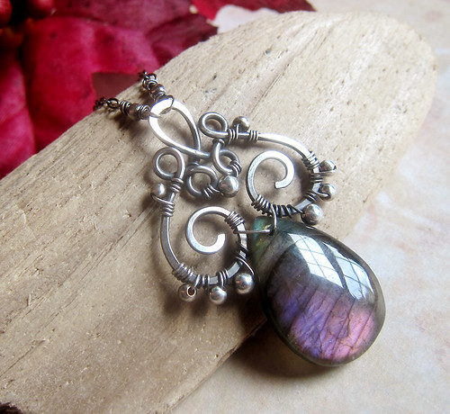She Walks In Beauty - Purple Labradorite Necklace