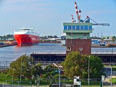 Im Hafen von Bremerhaven in 2004