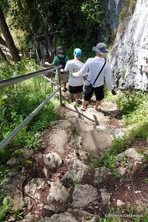 sagada-lumiang-cave.jpg