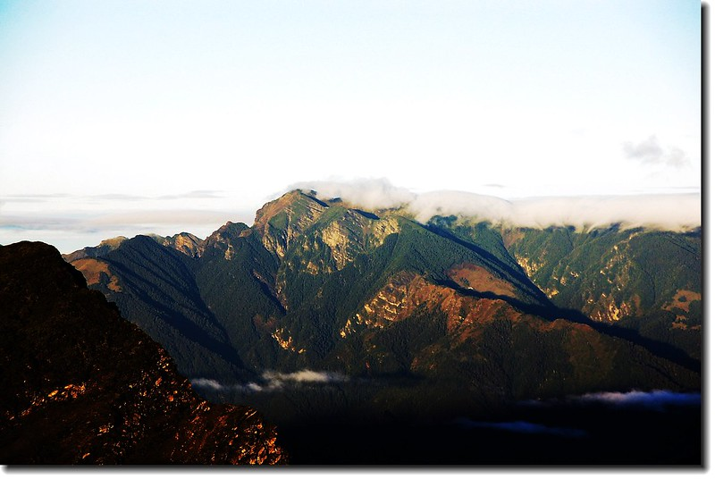 雪山(南湖東峰西望)