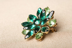 jewellery, gemstone, green, emerald, brooch,
