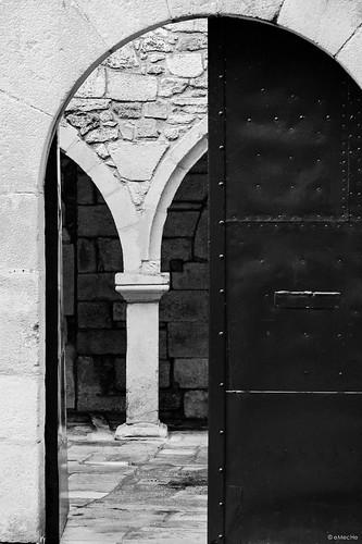 un paseo por el silencio by eMecHe