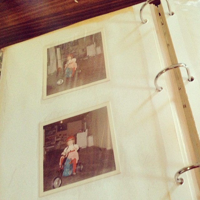 Rescuing old family photos from unsafe albums and transferring them to #projectlife