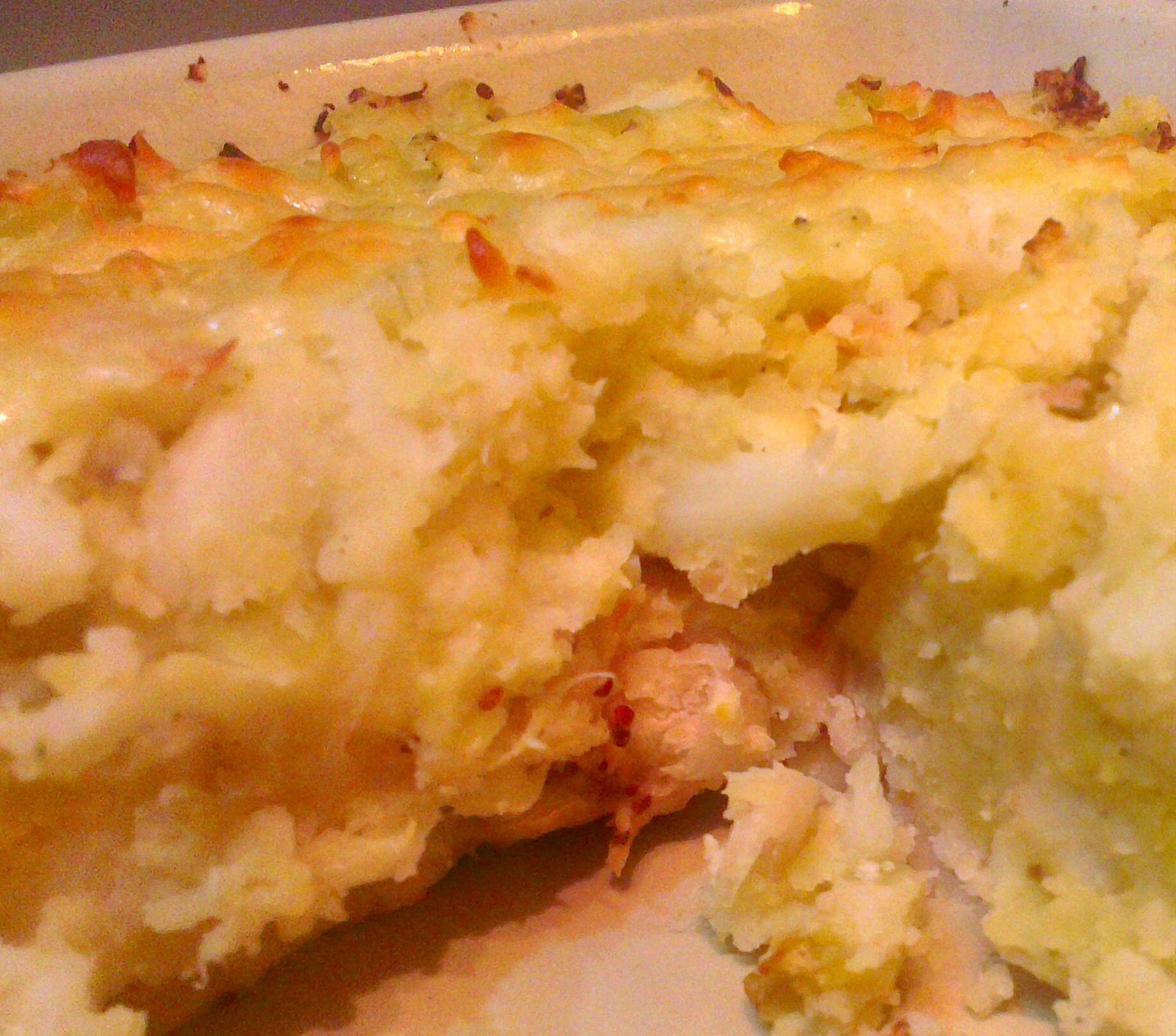 Cauliflower & bean potato pie close-up
