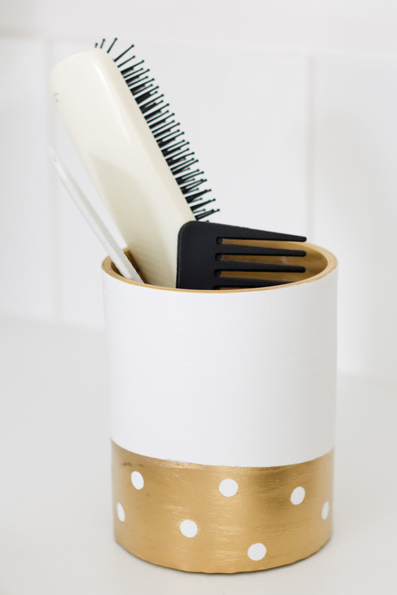 Diy petits rangements de salle de bain morning by foley for Petits rangements