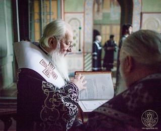 Литургия в Софийском соборе 395