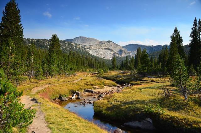 Elizabeth Lake trail