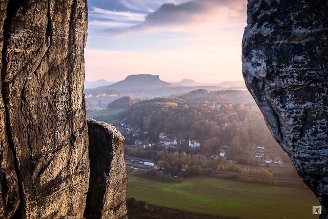 Blick von der Basteibrücke - Elbsandsteingebirge