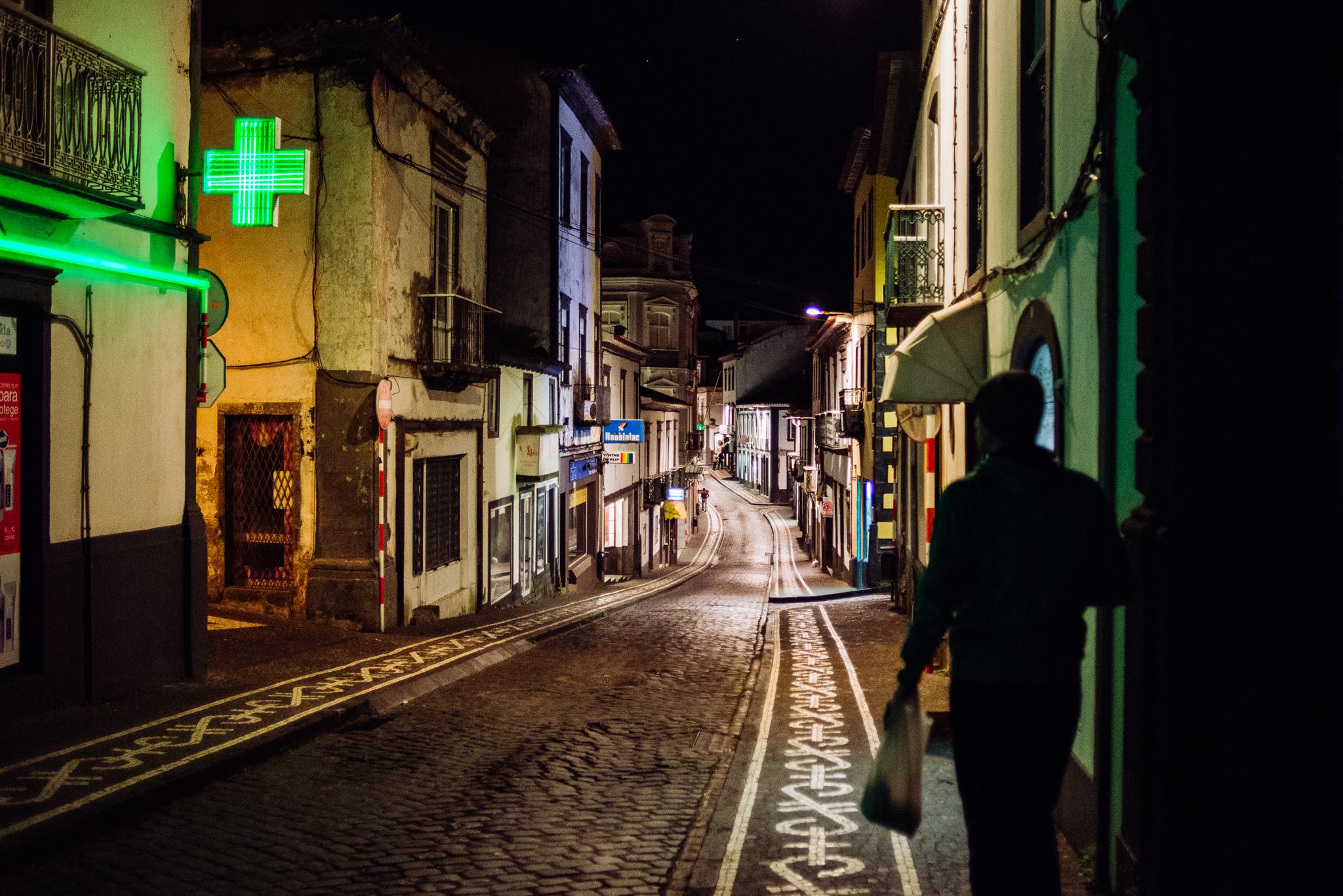Ponta Delgada kihalt utcái éjszaka