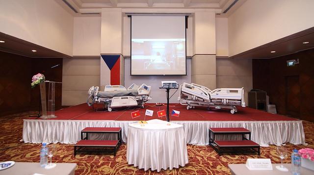 Dịch vụ quay phim chụp hình - Thái Hoàng TV - Uy Tín  Chuyên Nghiệp 33790453480_ae899b73df_z Quay Phim Chụp Hình Sự Kiện
