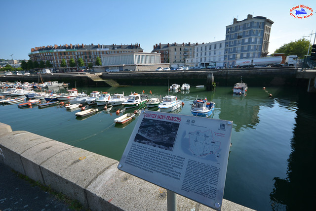 The Review Contains Over 50 Photographs And A Map To Guide The Visitor To  The Le Havre Funicular.