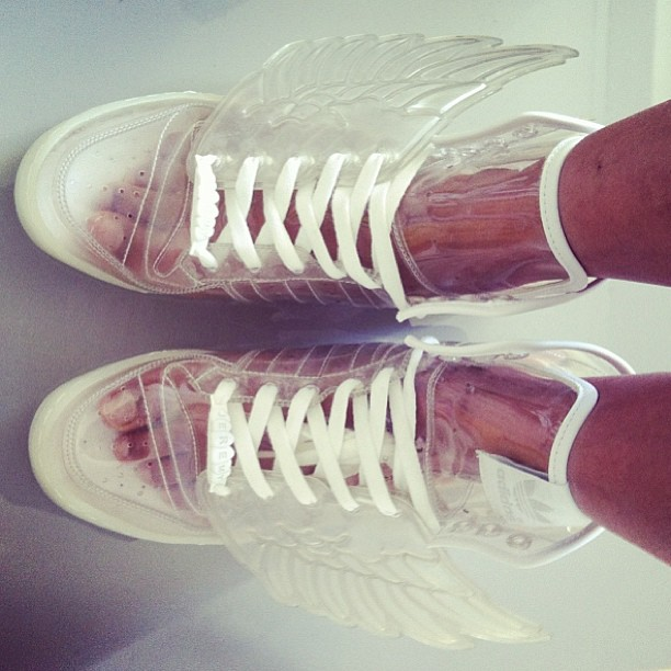 Förstora #sneakers @itsjeremyscott #jeremyscott #adidas