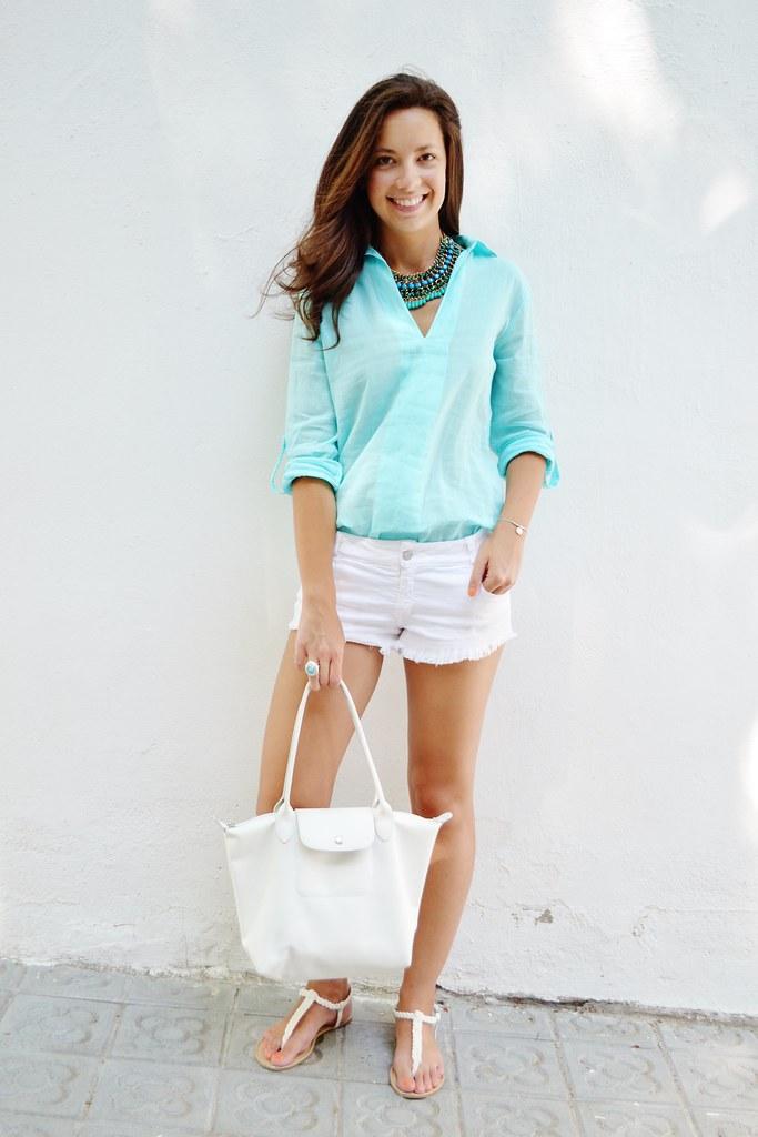 Camisa de color menta