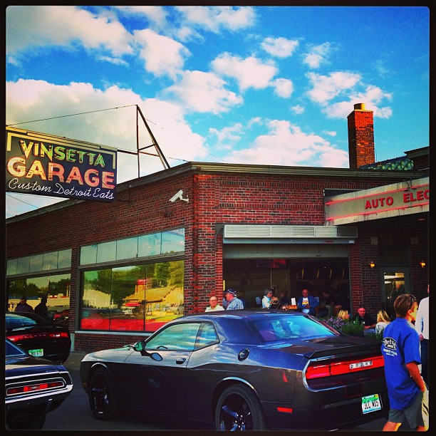 On a hot date w @detroit_nomad at vinsetta garage. #dreamcruise #woodwarddreamcruise. Avoid Woodward until Monday!! #detroit #food