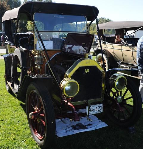 1910 Russell Model R 5 passenger roadster