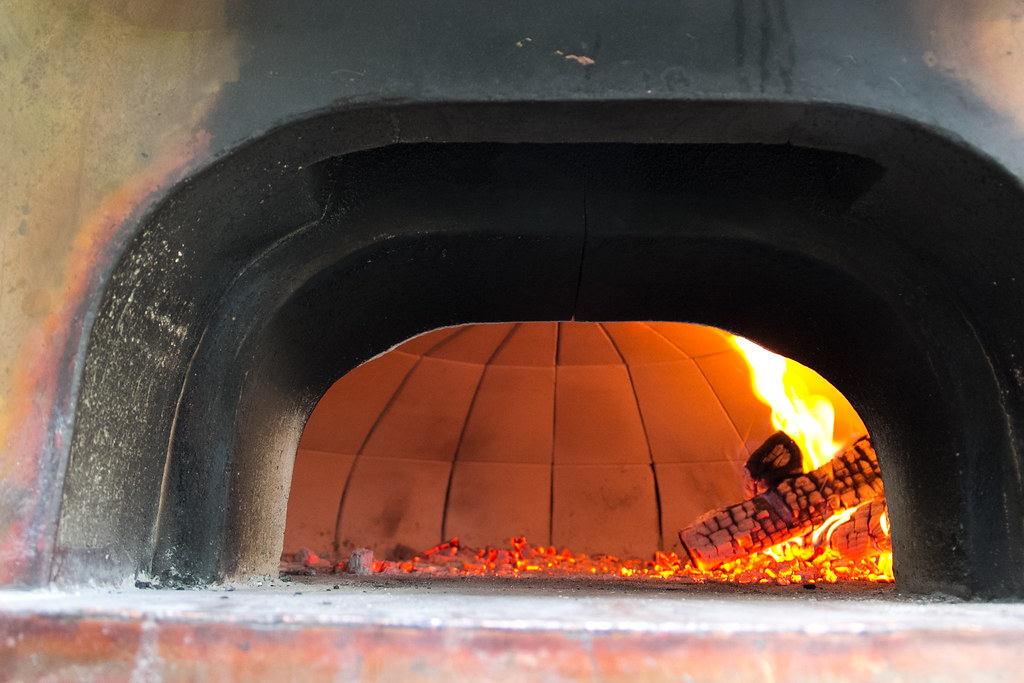 Le Panyol Oven Core Flaming