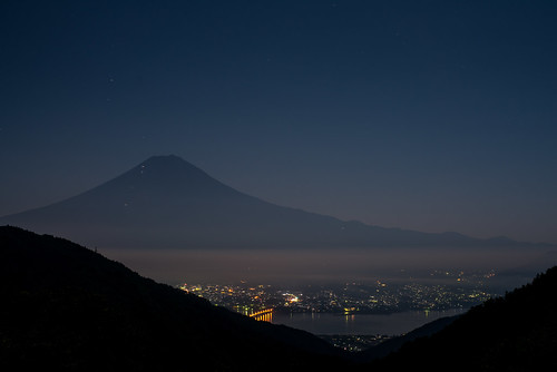japan fog night fuji fullmoon getty 日本 nightview crazyshin 中秋の名月 山梨県 2013 planart1450zf 南都留郡 order500 nikond800e pearlfuji 20130920d036057 9832482423