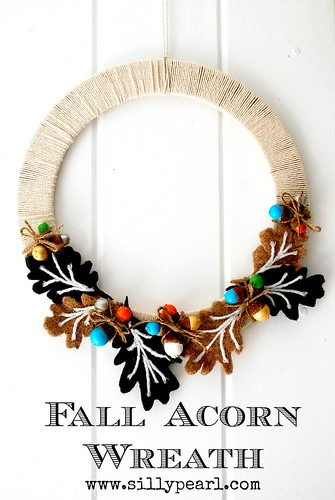 Fall Acorn Wreath -- The Silly Pearl