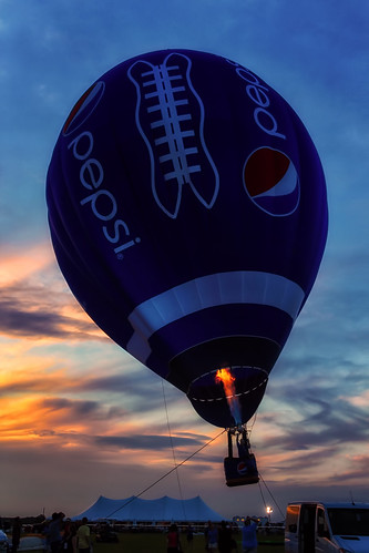 sunset sky color festival clouds canon fire eos rebel newjersey colorful dusk balloon nj flame hotairballoon pepsi soda dslr softdrink balloonfestival readington solbergairport garyburke newjerseyballoonfestival klingon65 t1i canoneosrebelt1i pepsifootball