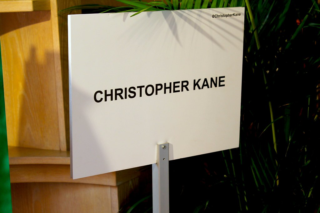 christopher-kane-primavera-2014