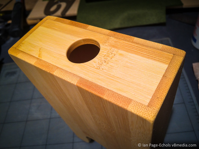 Volca box rear hole
