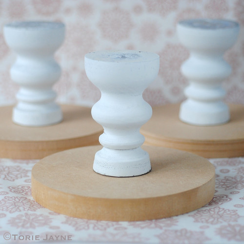 DIY cake stand_Leave to set