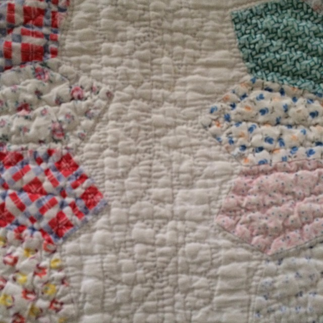 The quilting between the #dresdenaday blocks.