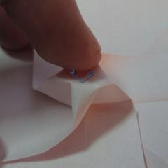 วิธีพับกระดาษพับดอกกุหลาบ 024