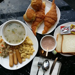 Breakfast spread at Holiday Inn Express, Siam