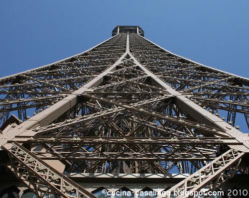 Eiffelturm neu