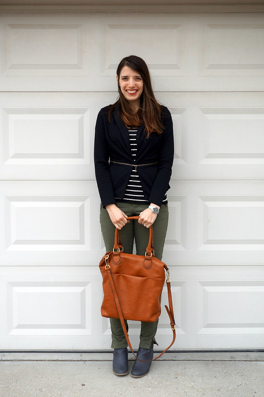 green Old Navy cargo pants, Loft scallop tee, Target blazer
