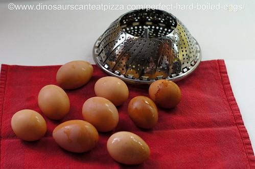 Perfect Hard Boiled Eggs (1)