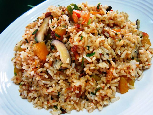 Vegetarian fried rice 2