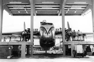 1956 NZ5912 in Changi maintenance hangar