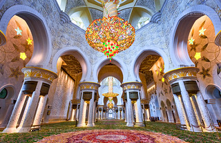_MG_9084_web - The main hall of Sheikh Zayed Mosque