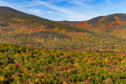 autumn cathedralledge whitemountainnationalforest echolakestatepark newhampshire fallcolor foliage landscape mountains rpg90901 morning trees fallfoliage canon 6d canonef2470mmf28liiusm sky 2016 october 0840 nh whitemountains