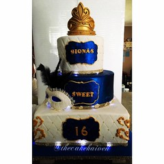 Royal Bluegold Masquerade Sweet 16 Cake Thecakehaiven Flickr