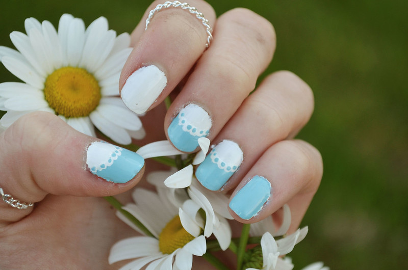 DIY Lace Frill Nails 4