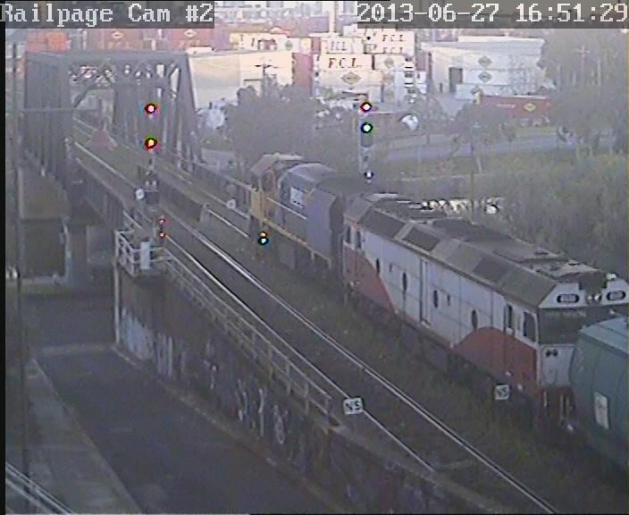 XR558-G535 Up PN SG Grain to Appleton Dock for discharge 27-6-2013 by Railpage Bunbury Street