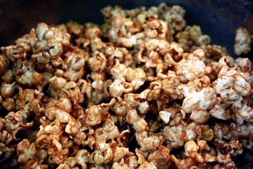 Prep_popcorn-before-rolled-into-balls