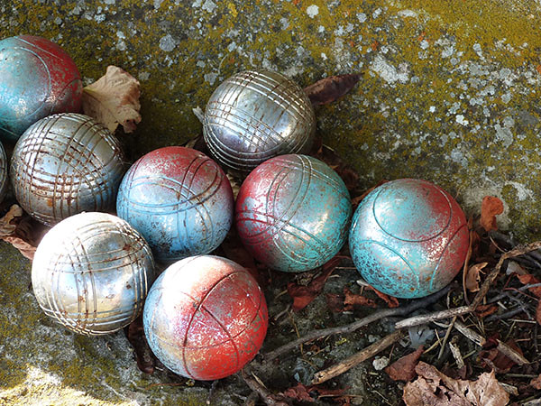 les boules sur le banc