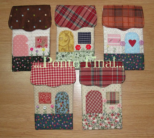 "...Porta celular ""Casinha""... by Ponto Final - Patchwork"