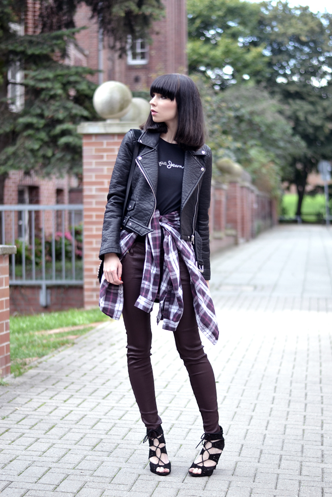 Outfit 90s Nineties jacket check print sojeans blogger CATS & DOGS Blog 6