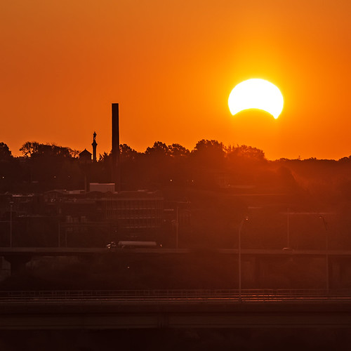 usa sunrise photography solar eclipse richmond va astronomy partial rva skynoir yahoo:yourpictures=bestof2013