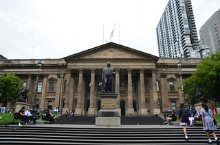Sir Redmond Barry and State Library of Victoria facade