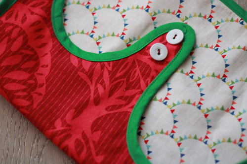 reversible smock in christmassy fabric