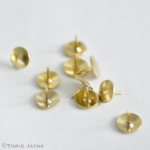 Brass thumb tacks